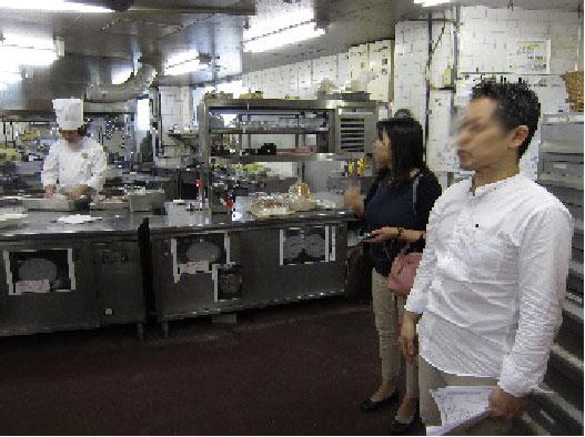 キッチンでの 混入防止策の指導